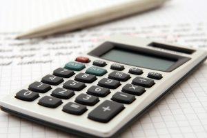Neexistencia nároku veriteľa na riadne (zmluvne dohodnuté) úroky po vyhlásení predčasnej splatnosti spotrebiteľského úveru (2. časť: vymedzenie zákonných nárokov veriteľa)